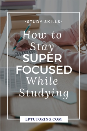 We all want to be super focused while studying, but that can be hard to do. Get my tips for staying focused while studying, plus a free checklist! | #studyskills #focus